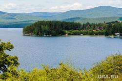 Михалкова Юлия на акции по уборке мусора на озере Тургояк. Челябинск , природа, лето, природа урала, релаксация, отдых, уральский край, климат, отпуск, внутренний туризм, вода, туризм, экология, озеро тургояк