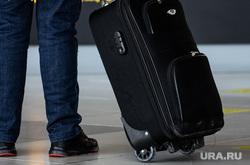 Пункт вакцинации от COVID-19 в международном аэропорту Кольцово. Екатеринбург, аэропорт, багаж, пассажир, приезжие, чемодан, командировка, отпуск, путешествие
