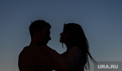 Танцы на набережной Городского пруда. Екатеринбург, влюбленные, парочка, романтика, любовь, танцы