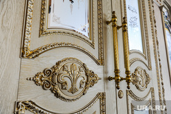 Ознакомительная встреча глав регионов государств - членов ШОС. Челябинск , роскошь, двери, позолота, стиль