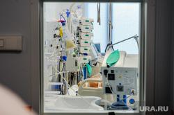 Областной инфекционный центр, красная зона. Челябинск, пациент, больной, здоровье, здравоохранение, больница, реанимация, палата реанимации