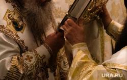 Рождественское богослужение в Свято-Троицком кафедральном соборе. Екатеринбург, митрополит кирилл