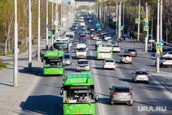 Майская жара. Тюмень, машины, пробка, транспорт, автобус, общественный транспорт, движение на дороге, дорога, автомобили, улица республики, автобусы