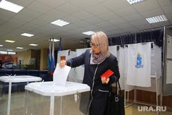 выборы Тюменского губернатора 9 сентября 2018, Ноябрьск, ЯНАО, бюллетени, голосование, урна для голосования