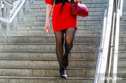 Жара, лето, май. Челябинск, девушка, ноги, стройная девушка