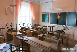 ОНФ в Введенке. Курган, школьная доска, класс, школьный класс, парта, каникулы, школа, уборка класса