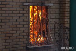 Верховые пожары в поселках Джабык и Запасное. Челябинская область, огонь, лесной пожар, окно, дом горит, село запасное