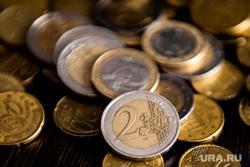 Валюта Евро и Доллар. Екатеринбург, экономика, евро, курс валют, финансы, деньги, курс евро, валюта