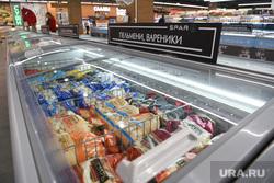 VEER mall на этапе подготовки к техническому открытию. Екатеринбург , вареники, пельмени, полуфабрикаты, морозильная камера, супермаркет spar