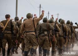 Реконструкция боевых действий Великой Отечественной войны. Сургут, солдаты, вов, пехота, реконструкторы, пехота на марше, великая отечественная война