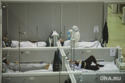 Временный госпиталь  ГКБ №24  для больных COVID-19 на ВДНХ. Москва, госпиталь, палата, врач, больница, медик, covid19, коронавирус, сиз, covid, ковид, врач в костюме, врач в маске, врач в защитном костюме, ковидный госпиталь, ковид19, госпитль, общий вид