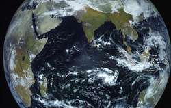 Искусственные спутники Земли, сайт Роскосмоса. Москва, земной шар, космонавтика, земля, вид из космоса