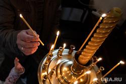 Опрос по месту для храма Святой Екатерины. Екатеринбург, вера, ставит свечку