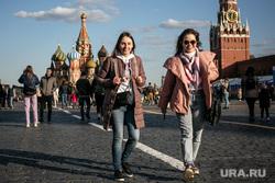 Красная площадь. Москва, стиль, город москва, подруги, красная площадь, подружки, молодежь