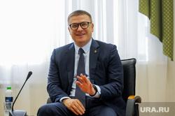 Алексей Текслер  презентовал Елене Шмелевой проект кампуса для ЧелГУ и ЮУрГУ. Челябинск, портрет, текслер алексей