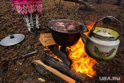 Природа ХМАО. Сургут, хант, уха, костер, кмнс, приготовление еды