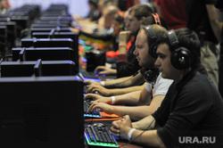 Соревнования посвященные восьмилетию компьютерной игры World of Tanks. Челябинск, компьютерная игра, хакеры, геймеры, компьютерные пираты