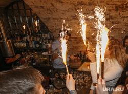 Бар Shalom Shanghai 1 год. Екатеринбург, фейерверки, вечеринка, бар