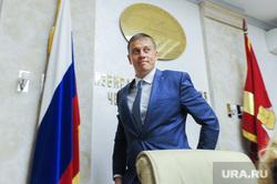 Виталий Пашин подает документы в кандидаты на пост губернатора. Челябинск, портрет, пашин виталий