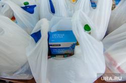 Волонтеры-спортсмены и челябинское отделение партии Единая Россия собрали и доставили 600 продуктовых наборов ветеранам. Челябинск, продуктовые наборы