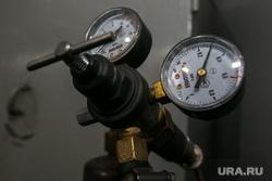 Разное. Курган, кран, газовое оборудование, приборы давления, вентиль, датчик давления, стрелка прибора