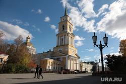 Осенние виды города. Пермь, галерея, золотая осень, соборная площадь, виды города, осень