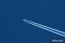 Самолеты в Большом Савино. Пермь, пассажирский самолет, самолет, самолет в небе