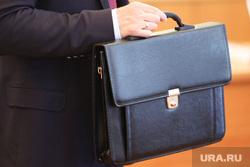 Инаугурация мэра города Ситниковой Елены. Курган, депутат, чиновник, портфель, чемодан денег