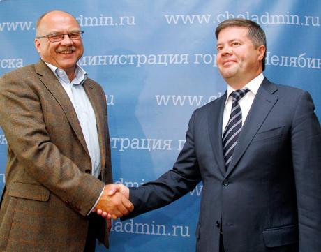 На прием к Мошарову пожаловали инвесторы из Швеции. Их интересует челябинское тепло